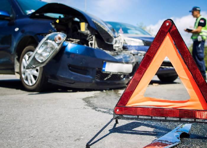 Wie verhält man sich nach einem Verkehrsunfall?